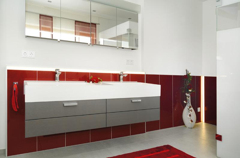 heizkamin und bad f r vogt musterhaus marquardt dillingen ihr fachbetrieb f r badsanierung. Black Bedroom Furniture Sets. Home Design Ideas